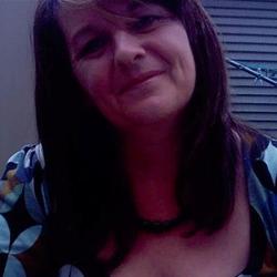 Sara Psychic Reader Thumbnail