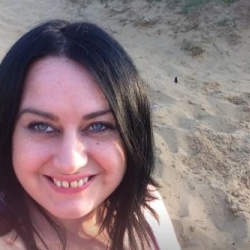 Leanne Psychic Reader Thumbnail