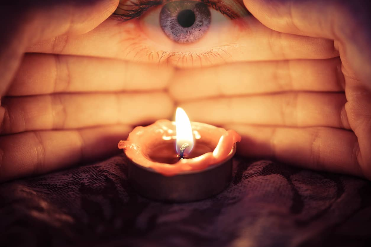 how can a psychic medium help you
